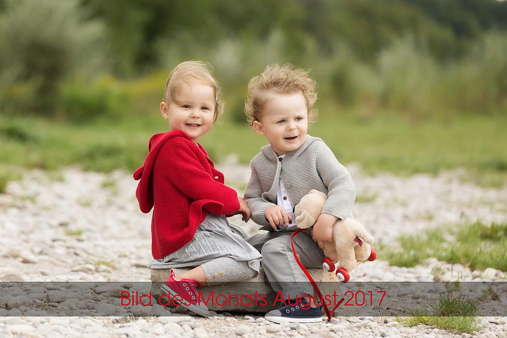 Lebendige und fröhliche Kinderfotos am Flaucher in München