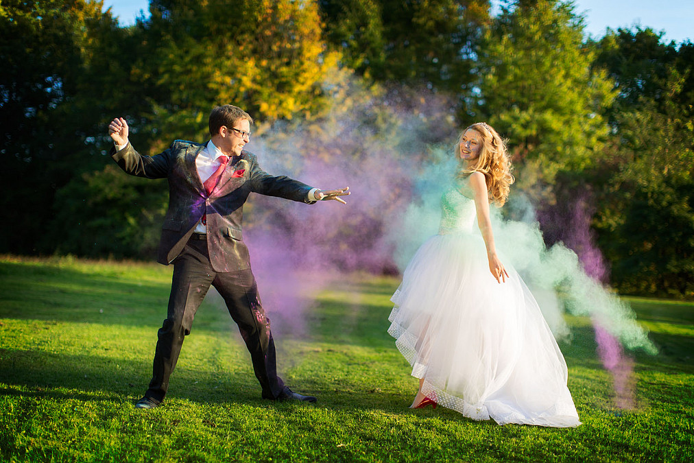 After Wedding Shooting Holi Pulver