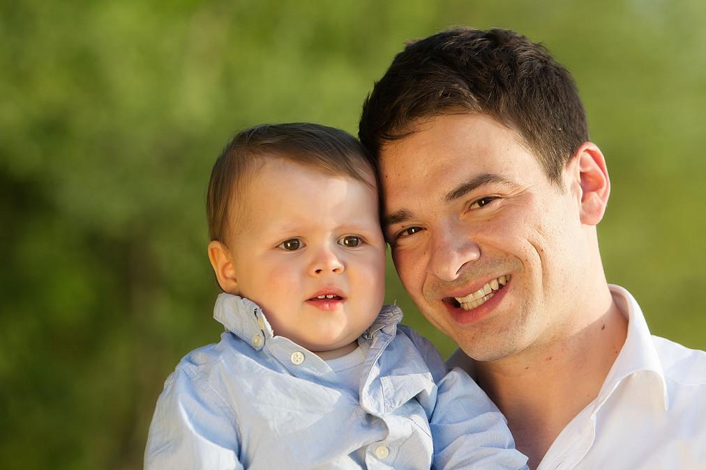 Papa mit Sohn Isar
