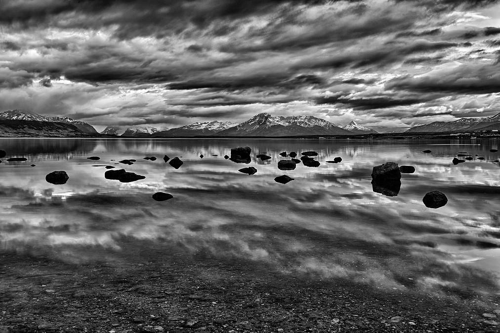 Patagonien Puerto Natales Schwarzweissfoto